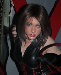 Dungeon Diva Kirsty is dressed in her dominatrix gear and looking to give a little bit of punishment out.